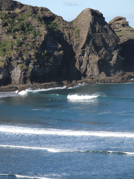 Next morning there was a surf contest.  This was shot from top of Lion Rock.