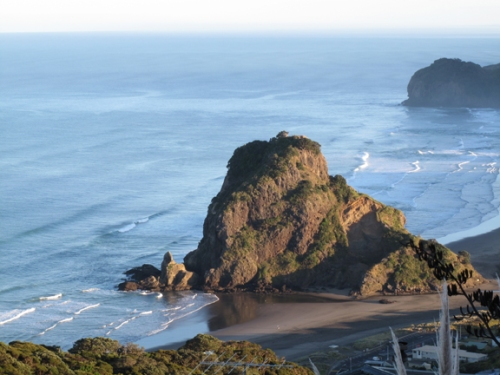 On the way into Piha beach town.