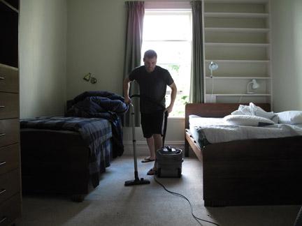 Vacuuming Hogwartz