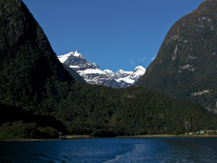 Classic U Shaped Valley At Milford Sound