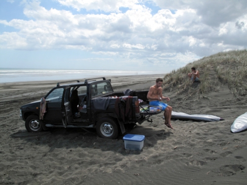 4x4 on Muriwai Beach