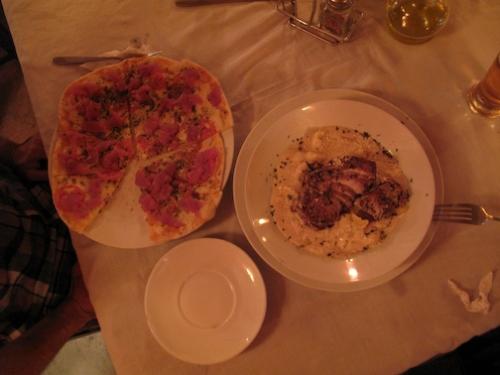Tuna Sashimi Pizza and White Cream Gnocchi With Seared Tuna Steak