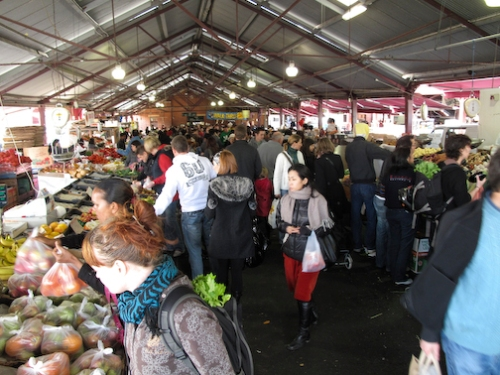 Victoria Veggie Farm Market