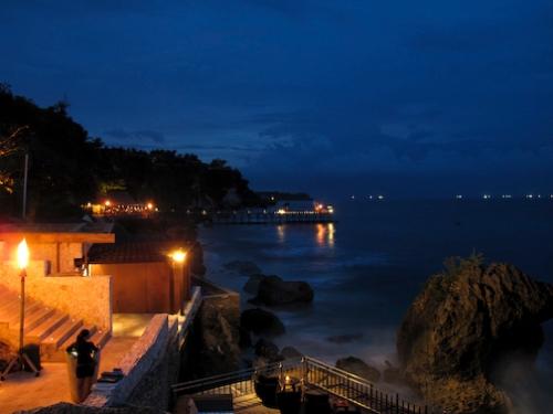 The Rocks Bar at The Ritz-Carlton, Nusa Dua, Bali, Indonesia